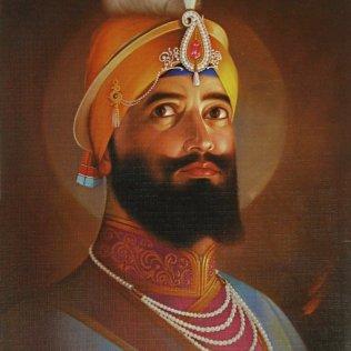 Side-Pose-Of-Shri-Guru-Gobind-Singh-Ji-509x700